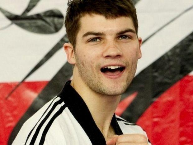 Łoniewski w Londynie przegrał w pierwszej walce z Afgańczykiem Rohullahem Nikpahem (fot. pztaekwondo.pl)