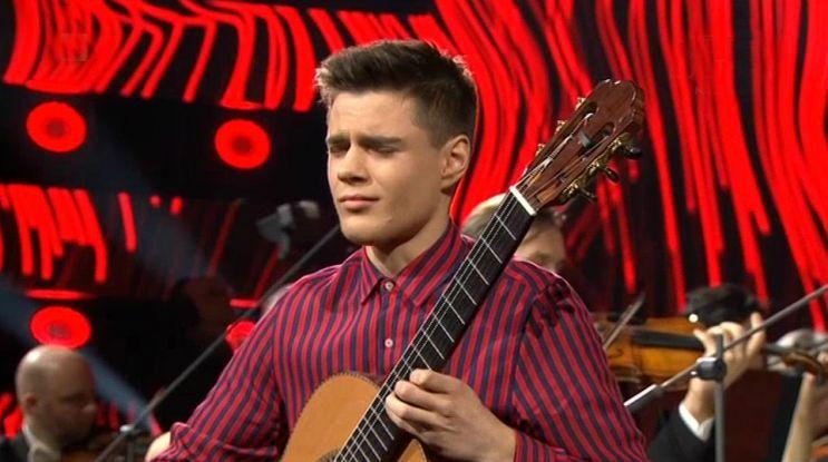 Finał: Kacper Dworniczak – gitara