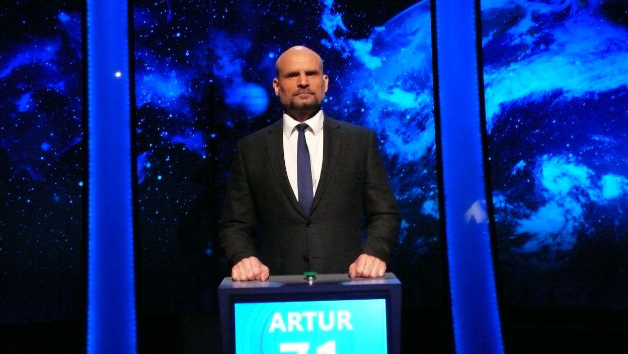 Zwycięzca może być jeden i w 13 odcinku 109 edycji został nim Pan Artur Kowalewski