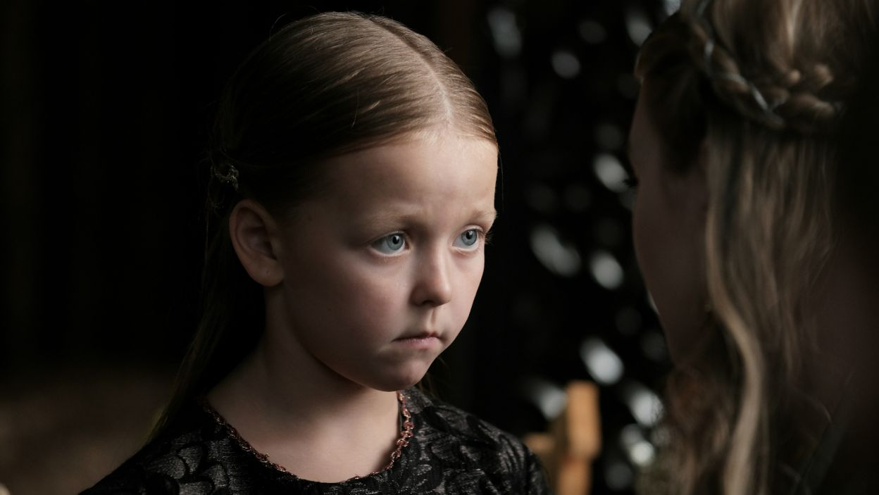 Sukcesyjne plany Ludwika musiały ulec zmianie. Nagle, mała Jadwiga została następczynią węgierskiego tronu (fot. TVP)
