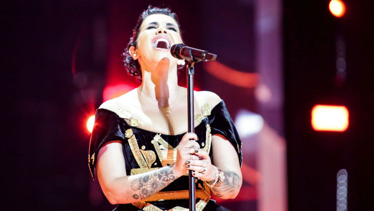 Jonida Maliqi jest znaną w Albanii influencerką. Zaśpiewana w ojczystym języku piosenka dała jej przepustkę do finału (fot. Thomas Hanses/EBU)