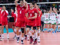 Polacy gratulują swoim rywalom zwycięstwa (fot. PAP/Adam Ciereszko)