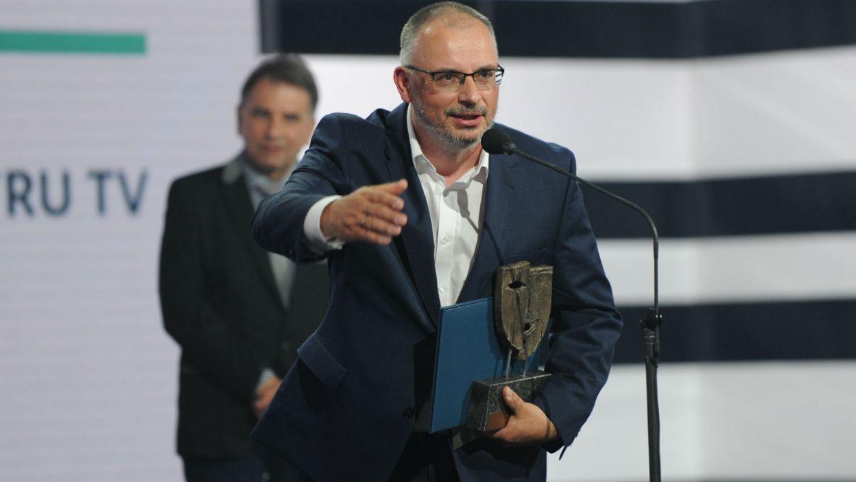 """Najważniejszą nagrodę otrzymał spektakl """"Inspekcja"""" Grzegorza Królikiewicza i Jacka Raginisa-Królikiewicza (fot. N. Młudzik/TVP)"""