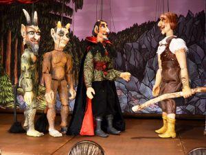 slowacki-teatr-tyjatr-w-spektaklu-herkules-lub-podboj-piekla