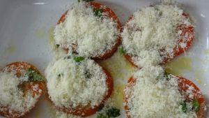 pomidory-z-parmezanem-sa-pyszne-fot-artur-wyrzykowski