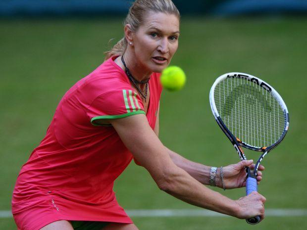 Pomimo zakonczenia kariery, Graf nie rozstała się z tenisem (fot. Getty Images)