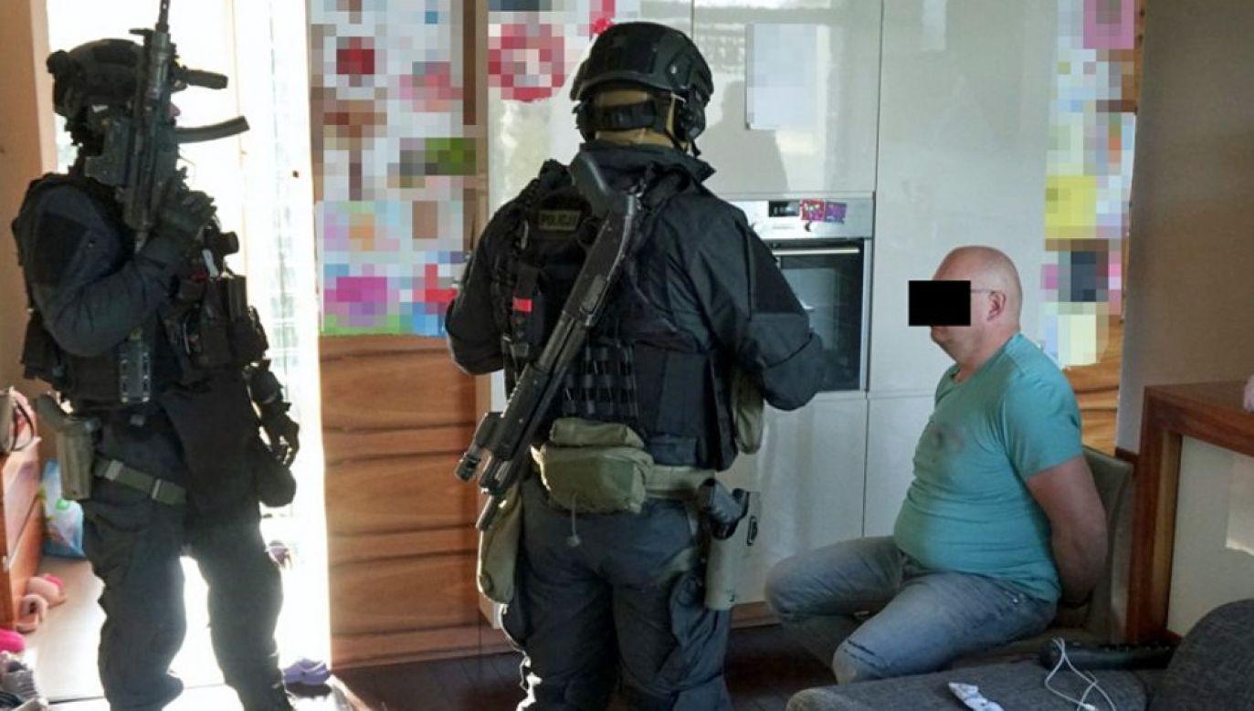 Jeden z mężczyzn w przeszłości zajmował się już wysadzaniem bankomatów (fot. Policja)