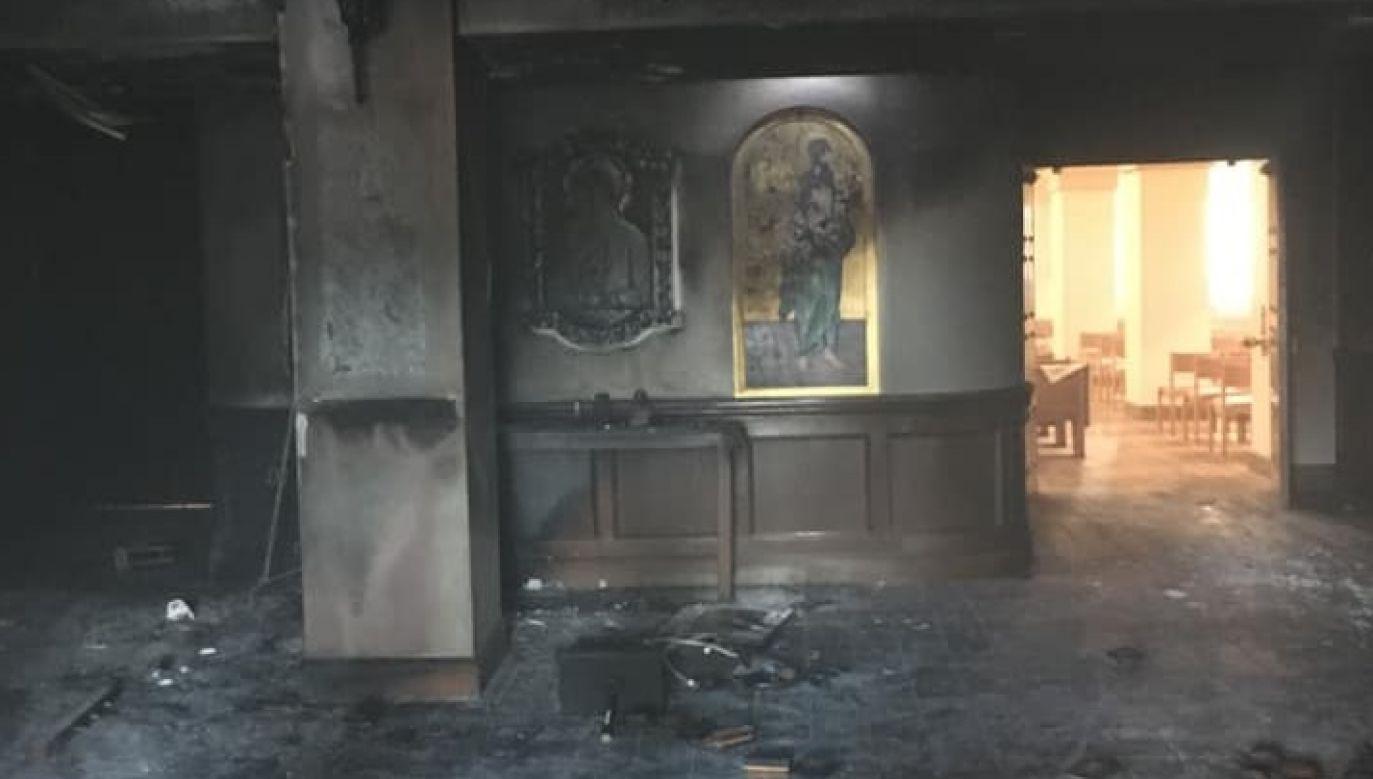 Zamachowiec tuż przed Mszą rozlał benzynę i podpalił świątynię (fot. FB/mcsoflorida)