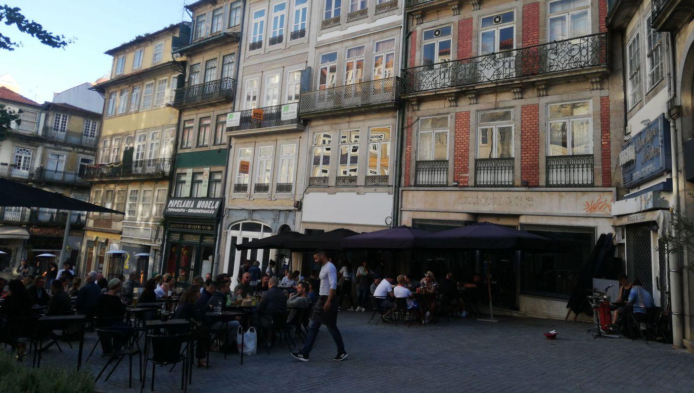 Dziś Ribeira jest popularnym miejscem wśród turystów, choć czasem potrzebują czasu, aby dostrzec jej czasem ukryte piękno (fot. Agnieszka Wasztyl)