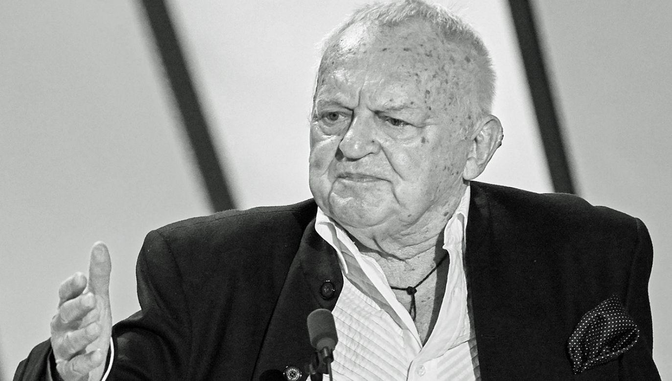 Śmierć Jerzego Gruzy urwała kawałek serca przyjaciołom, polskiej telewizji, Warszawie – powiedział Jan Nowicki (fot. PAP/Adam Warżawa)