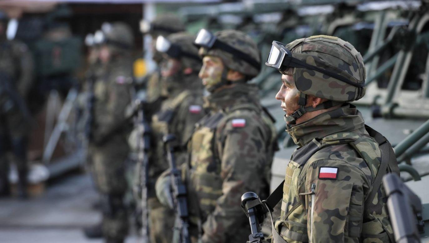 Nabór do służby wojskowej ciągle trwa, pomimo epidemii (zdjęcie ilustracyjne) (fot. arch PAP / Jacek Bednarczyk)