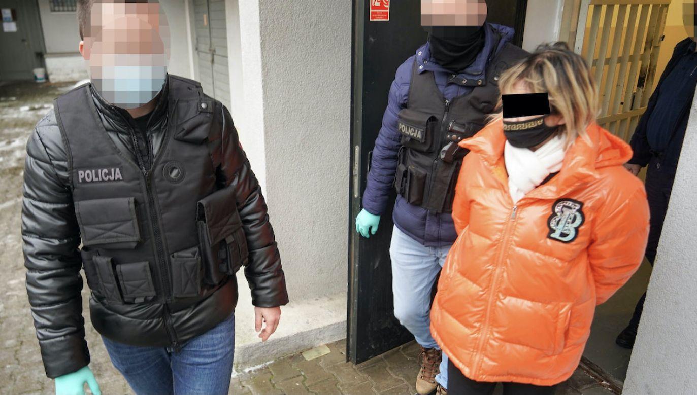 Kobiety zatrudnione w agencji połowę zarobionych pieniędzy oddawały właścicielce (fot. Policja kujawsko-pomorska)