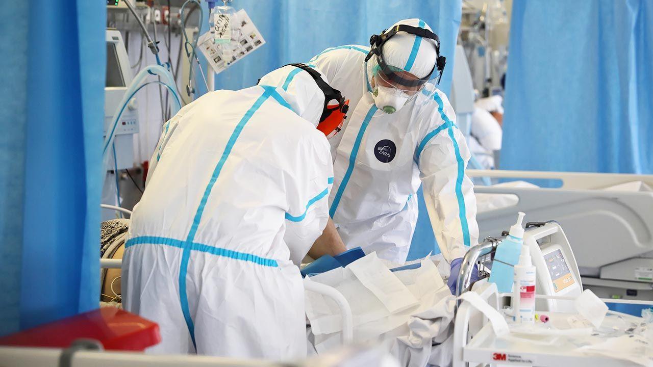 Nowe dane o epidemii w kraju (fot. PAP/Leszek Szymański)