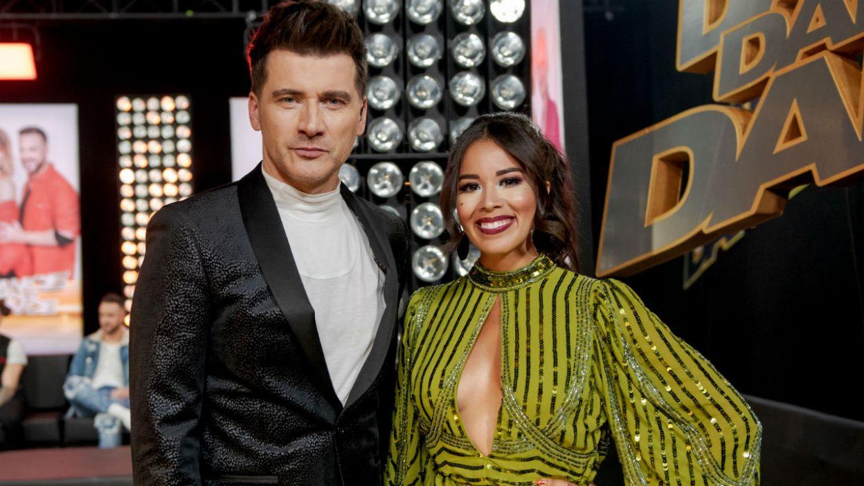 Tomasz Kammel i Tamara Gonzales Perea jak zwykle pełni pozytywnej energii zagrzewali uczestników do tańca (fot. TVP)
