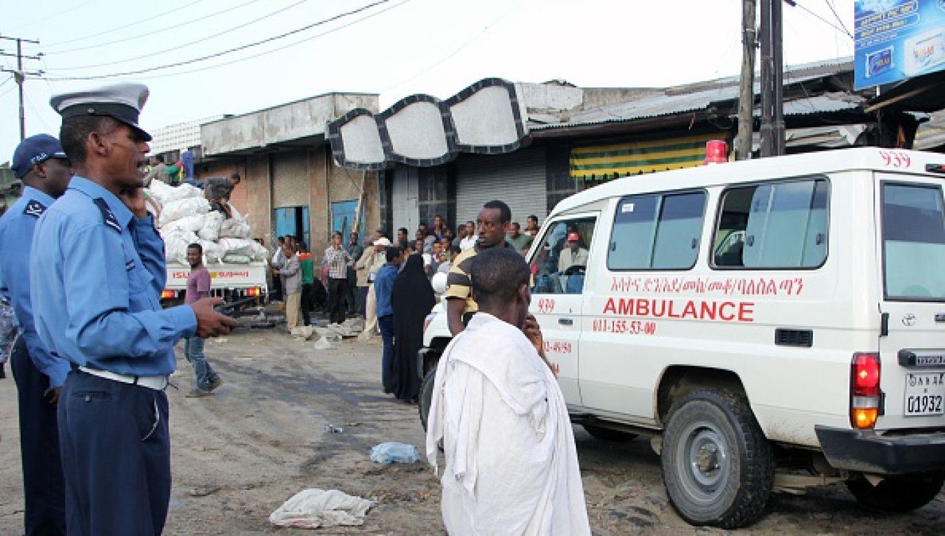 Atak lotniczy na targowisku w miasteczku Togoga (fot. Getty Images)