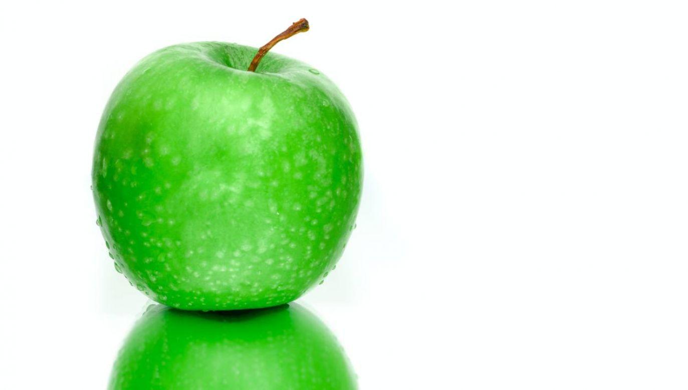 Dlaczego w górnej części jabłka zawsze tworzy się dołek? (fot. Pexels)