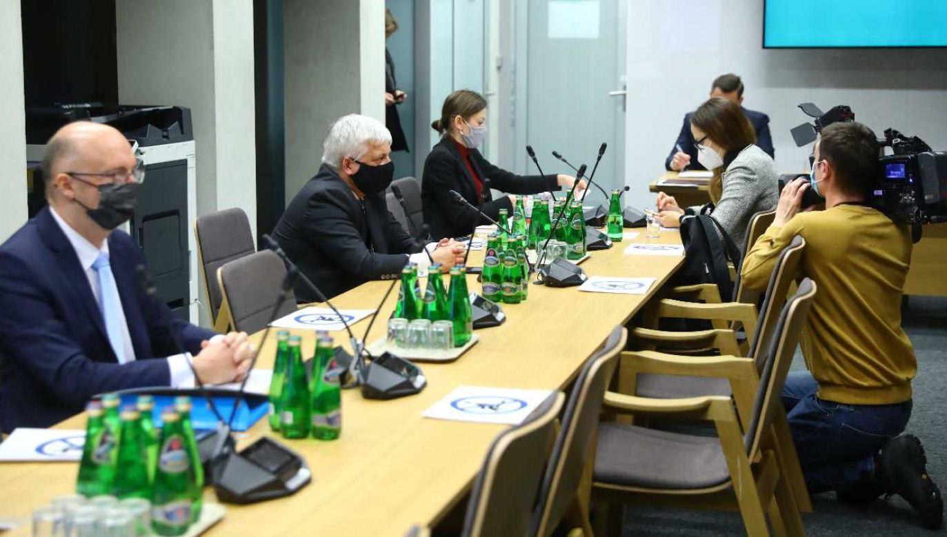 Piotr Wawrzyk, Robert Gwiazdowski i Zuzanna Rudzińska-Bluszcz starają się o funkcję RPO (fot. PAP/Rafał Guz)