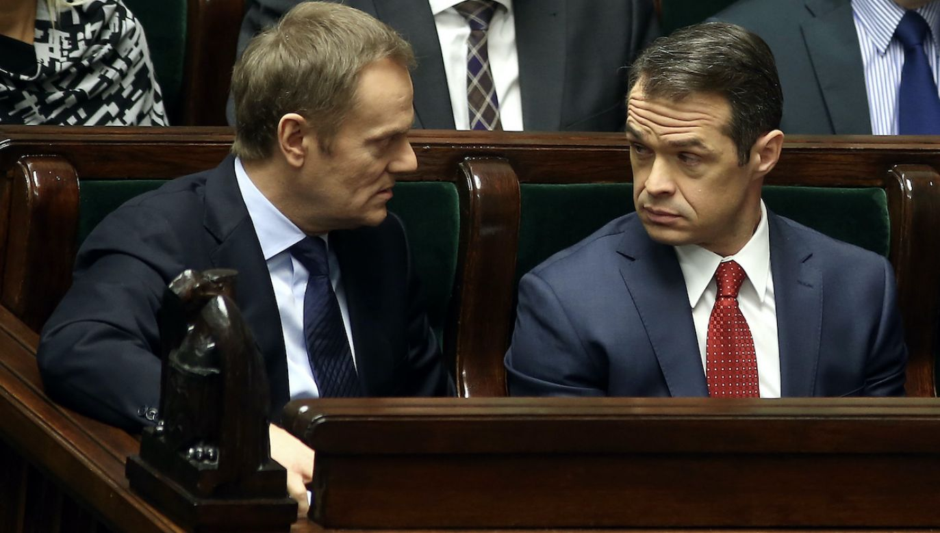 Na zdjęciu: Donald Tusk i Sławomir Nowak w Sejmie (fot. arch.PAP/Tomasz Gzell)