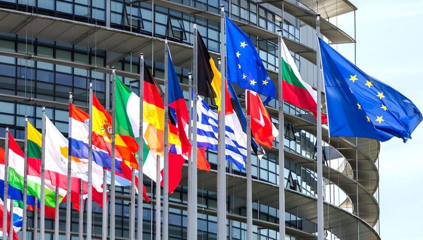 Siedziba Unii Europejskiej w Brukseli (fot. Shutterstock/MDart10)