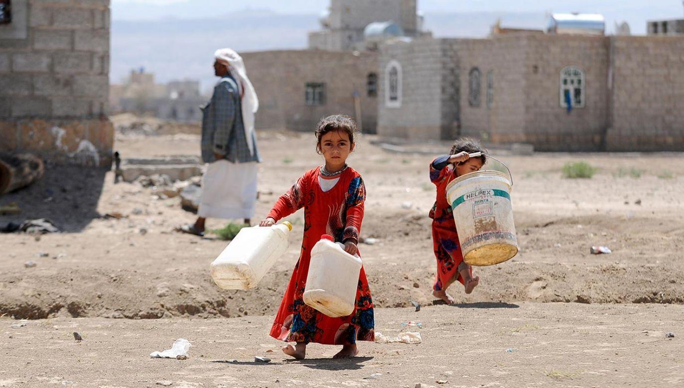 """Jemen znalazł się na czele listy """"głodnych krajów"""" (fot. Mohammed Hamoud/Getty Images)"""