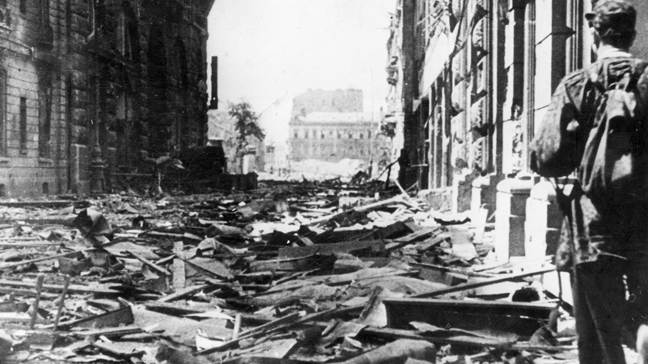 Polska poniosła kolosalne straty z rąk III Rzeszy (fot. Picture Post/Hulton Archive/Getty Images)