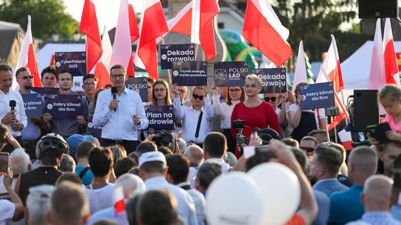 Premier Mateusz Morawiecki na spotkaniu z obywatelami w Tykocinie (fot. KPRM)