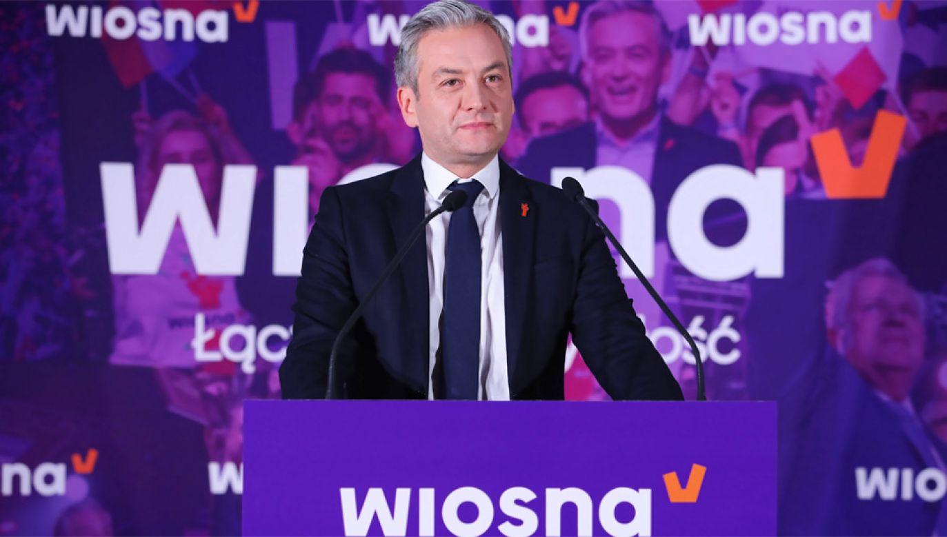 Robert Biedroń nie zadeklarował, czy wystartuje w wyborach prezydenckich (fot. PAP/Wojciech Olkuśnik)