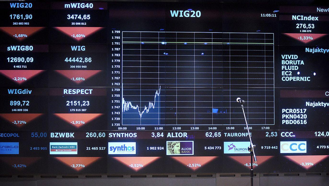 W opinii eksperta jeszcze nigdy Polacy nie kupowali obligacji skarbowych tak chętnie jak w czerwcu 2019 roku (fot. arch.PAP/Radek Pietruszka)