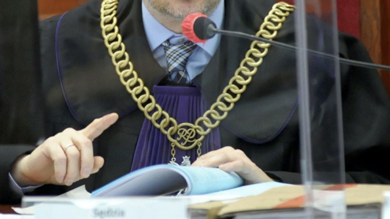 Piotr Laskowski otrzymał karę dyscyplinarną, ale orzeczenie to nie jest prawomocne (fot. arch.PAP/Leszek Szymański)
