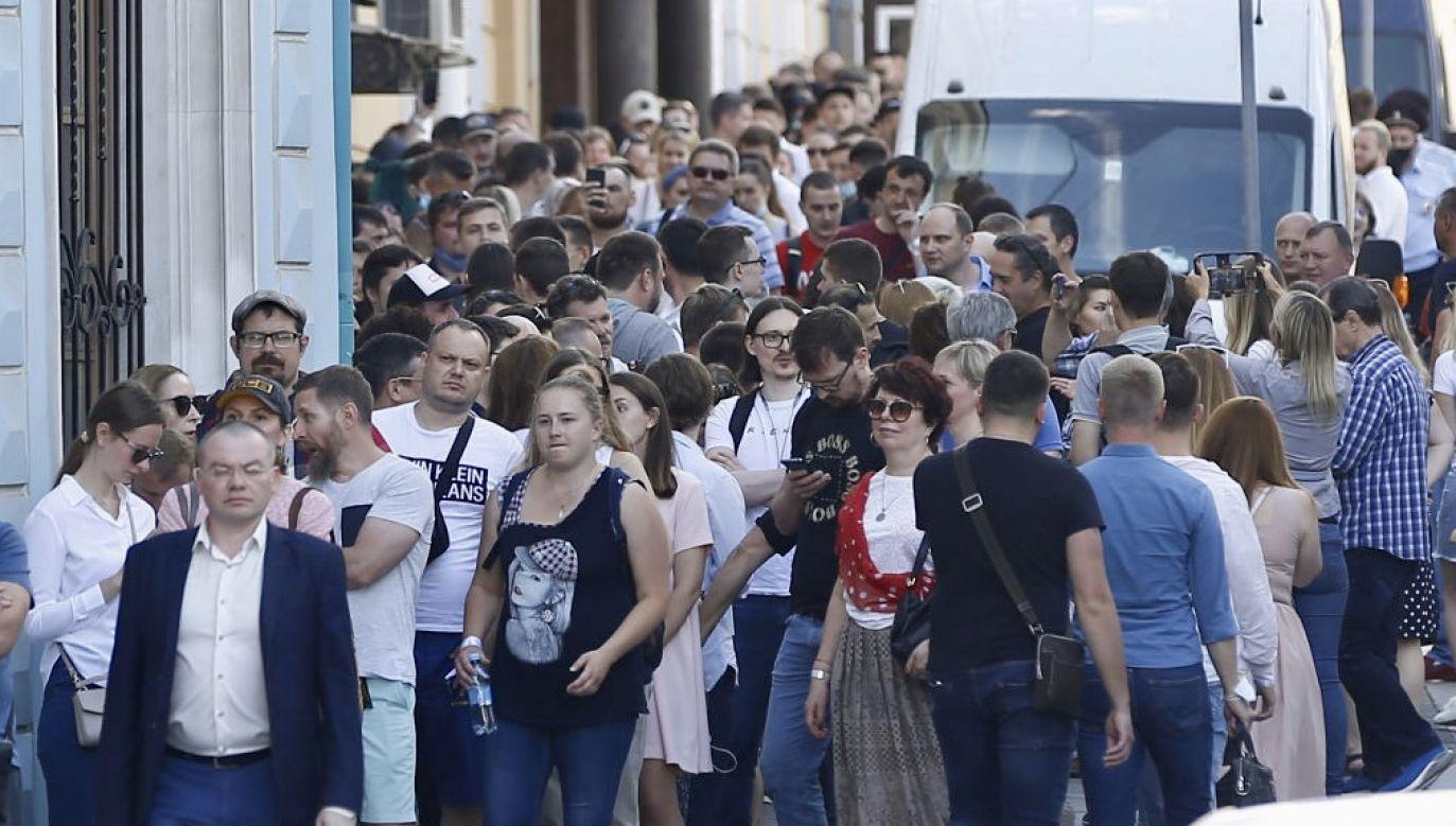 """Łukaszenka """"stracił miłość ludu"""" – komentuje w poniedziałek rosyjska prasa (fot. Sefa Karacan/Anadolu Agency via Getty Images)"""