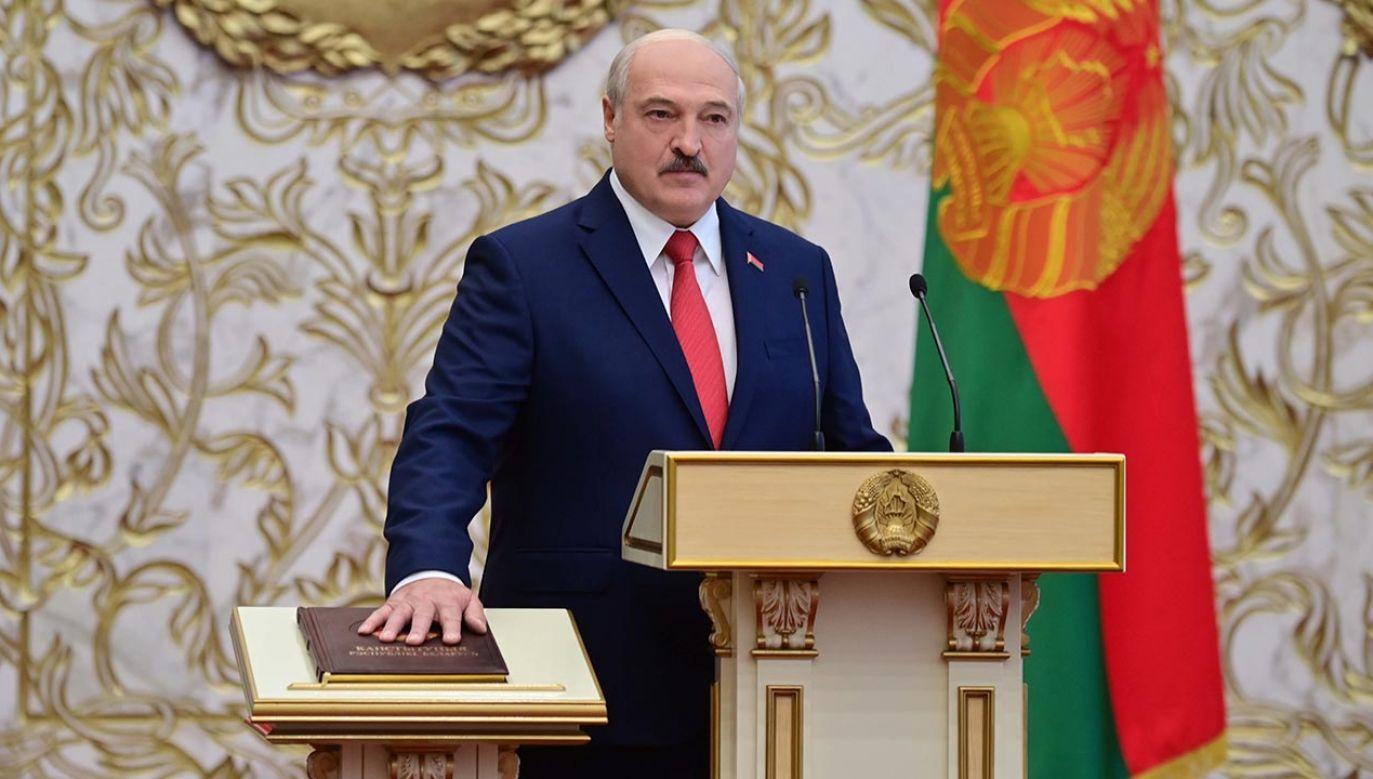 Dziś odbyło się niezapowiedziane i tajne zaprzysiężenie Aleksandra Łukaszenki na kolejną kadencję prezydenta Białorusi (fot. PAP/EPA/ANDREI STASEVICH / BELTA / HANDOUT)