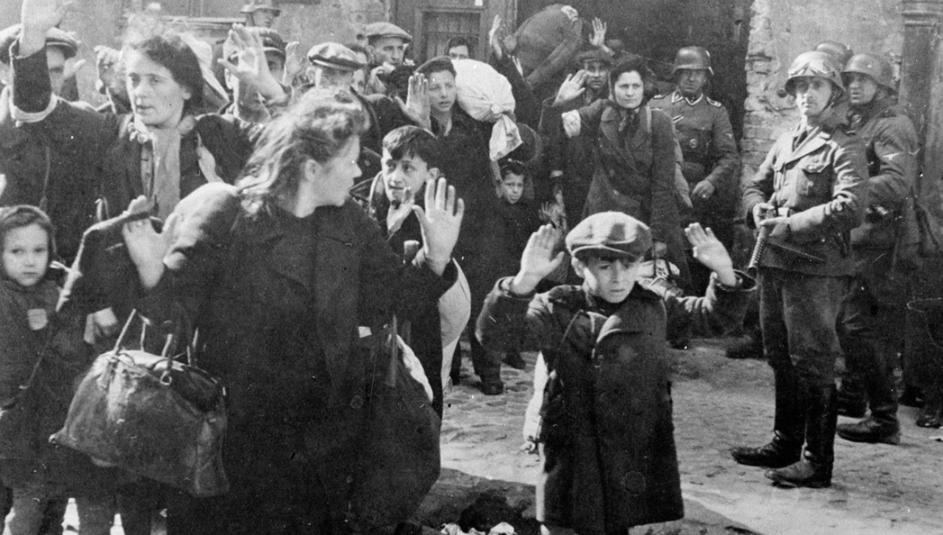 78 lat temu, 19 kwietnia 1943 r., w getcie warszawskim wybuchło powstanie (fot. Roger Viollet Collection/Getty Images)