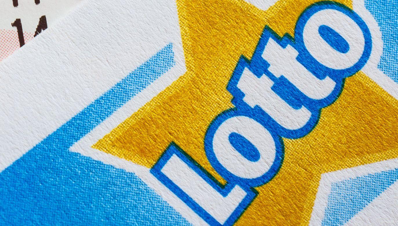 Wyniki losowania Multi Multi, Ekstra Pensja, Ekstra Premia, Kaskada, Mini Lotto i Super Szansa w niedzielę 13 czerwca 2021 (fot. Shutterstock)