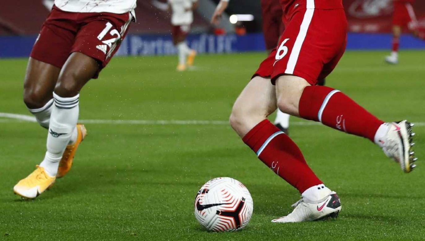 Badanie objęło 1595 osób z dwudziestu zespołów Premier League (fot. PAP/EPA/Jason Cairndruff / POOL)