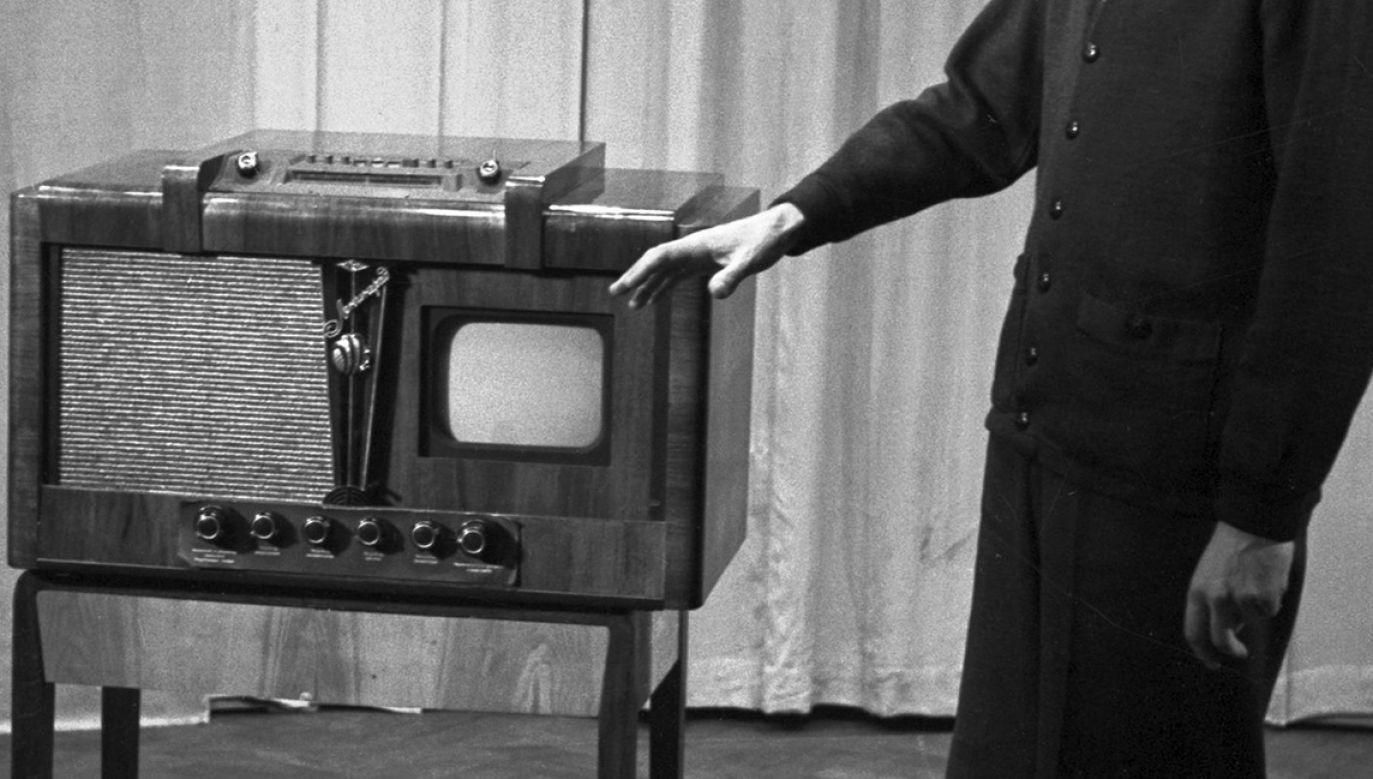 Kinowe sukcesy międzywojnia trudno było pokazać szerszej publiczności za pomocą telewizji. Szacuje się, że było wówczas w kraju zaledwie 30 odbiorników (fot. pl.wikipedia.org)