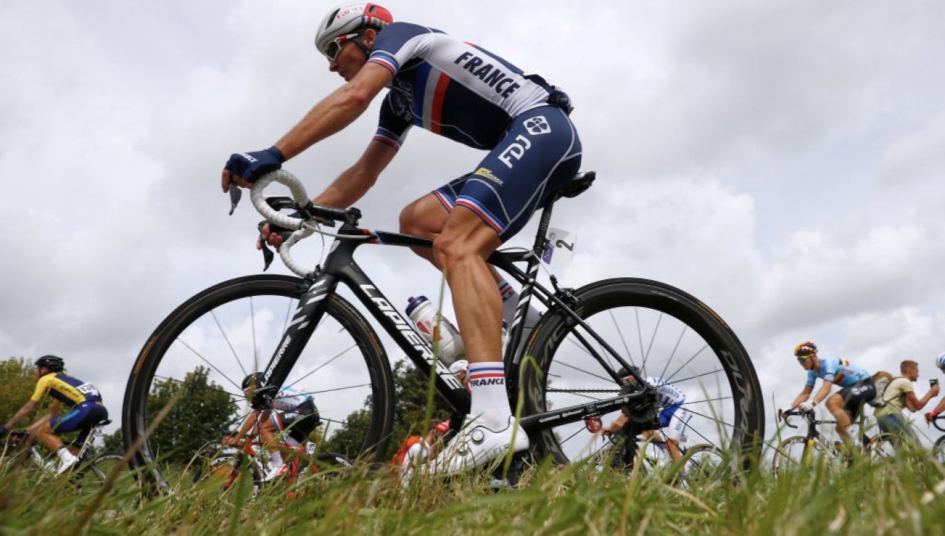 Mikaël Delage ucierpiał na trzecim etapie wyścigu (fot. Bas Czerwinski/Getty Images)