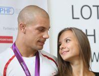 Brązowy medalista olimpijski w zapasach Damian Janikowski po powrocie z igrzysk (fot. PAP/Leszek Szymański)