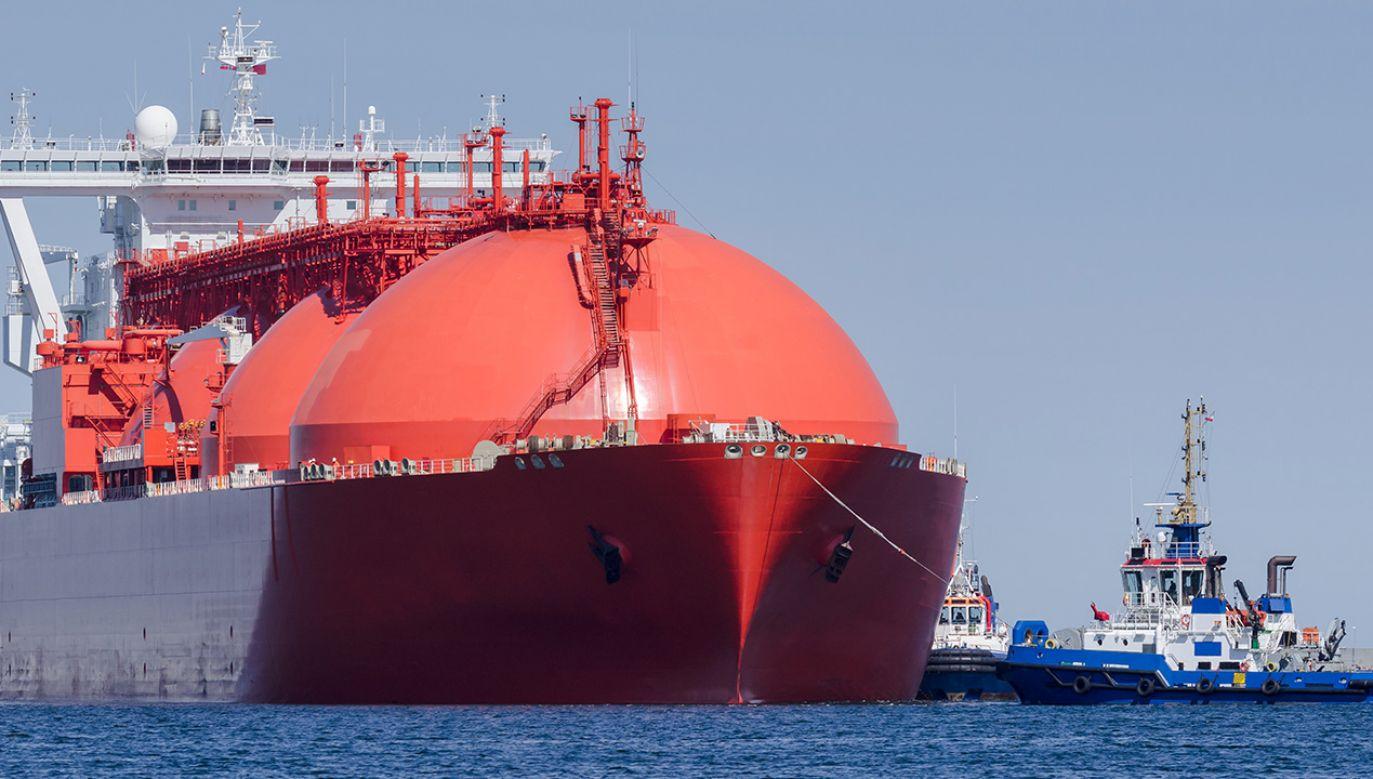 Terminal LNG w Świnoujściu drametrialnie zmienił sytuację energetyczną Polski (fot. Shutterstock/Wojciech Wrzesien)