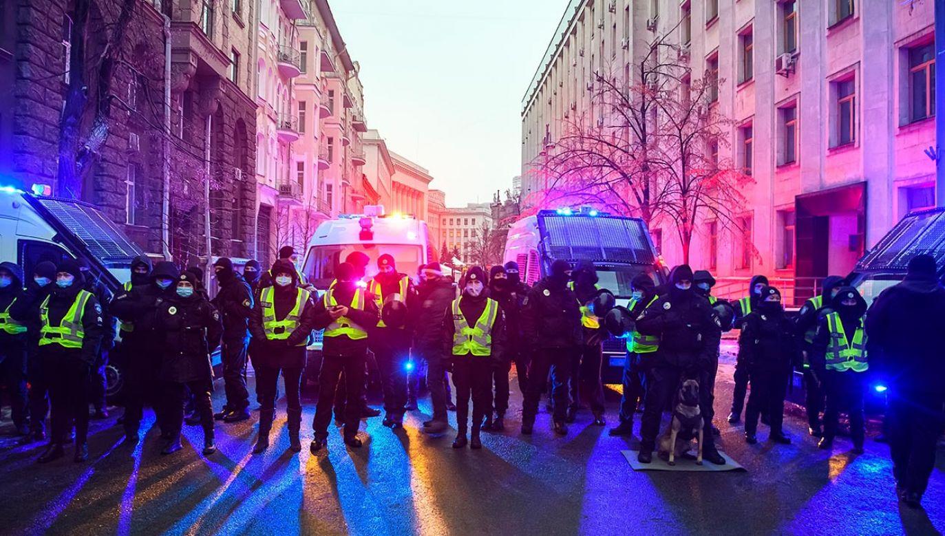 Policja użyła gazu łzawiącego (fot. Maxym Marusenko/NurPhoto via Getty Images, zdjęcie ilustracyjne)