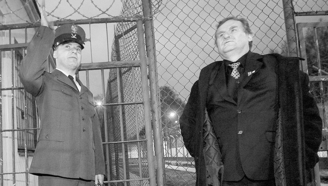 """""""Reprezentował ten typ patriotyzmu, który każe bardzo głęboko przeżywać wszystkie sukcesy, ale i porażki"""" (fot. arch.PAP/Paweł Kula)"""