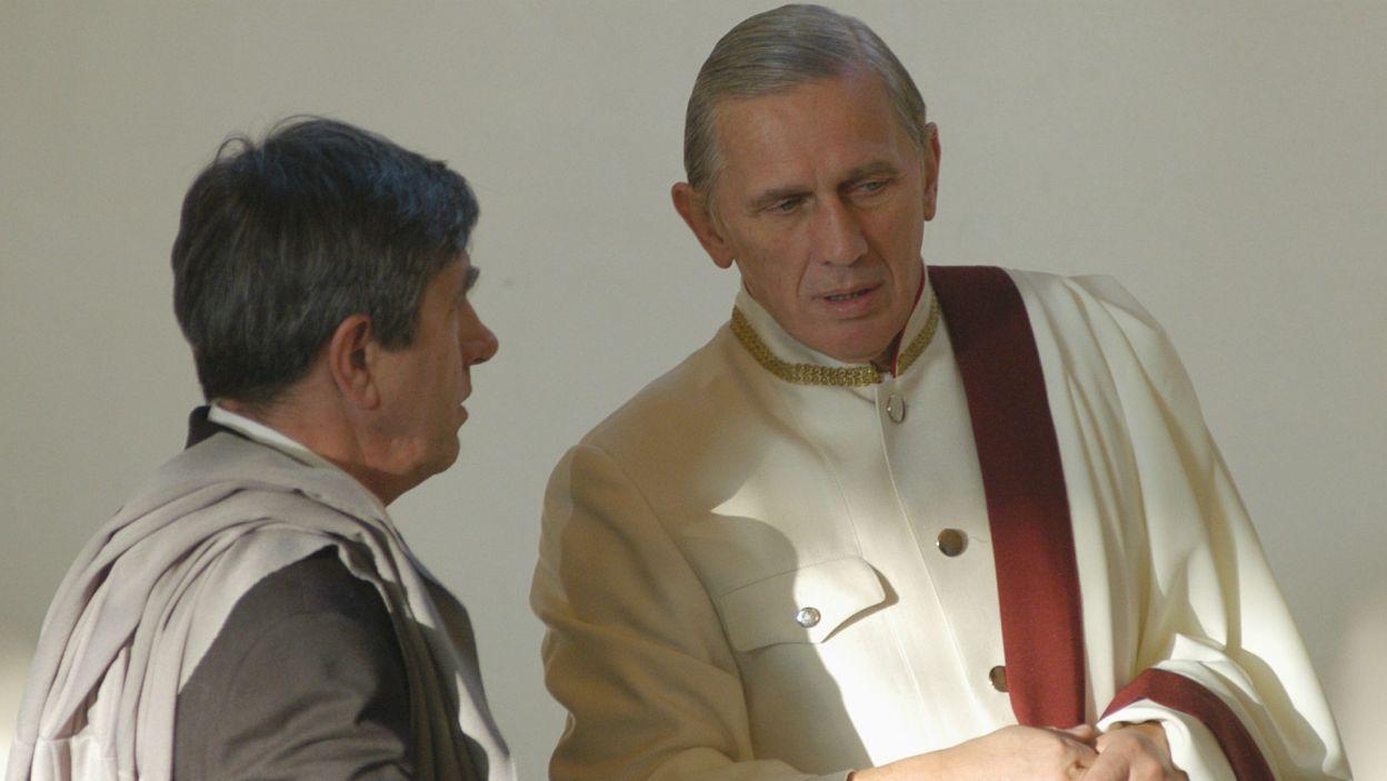 """W 2005 r. zagrał tytułową rolę w wyreżyserowanym przez siebie """"Juliuszu Cezarze"""" Szekspira, spektakl zdobył Grand Prix Festiwalu Dwa Teatry w roku 2006 (fot. TVP)"""