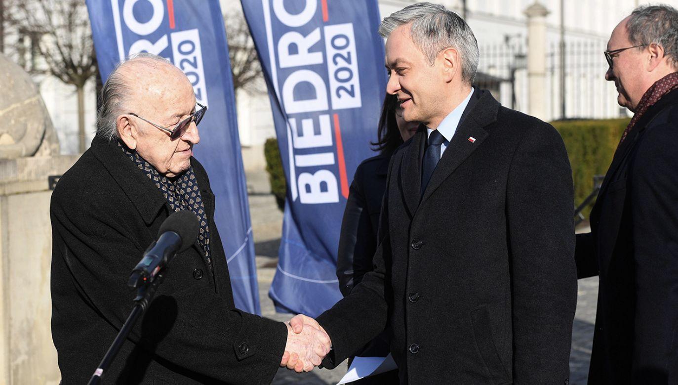 Ciosek ma doradzać w sprawach międzynarodowych (fot. PAP/Radek Pietruszka)