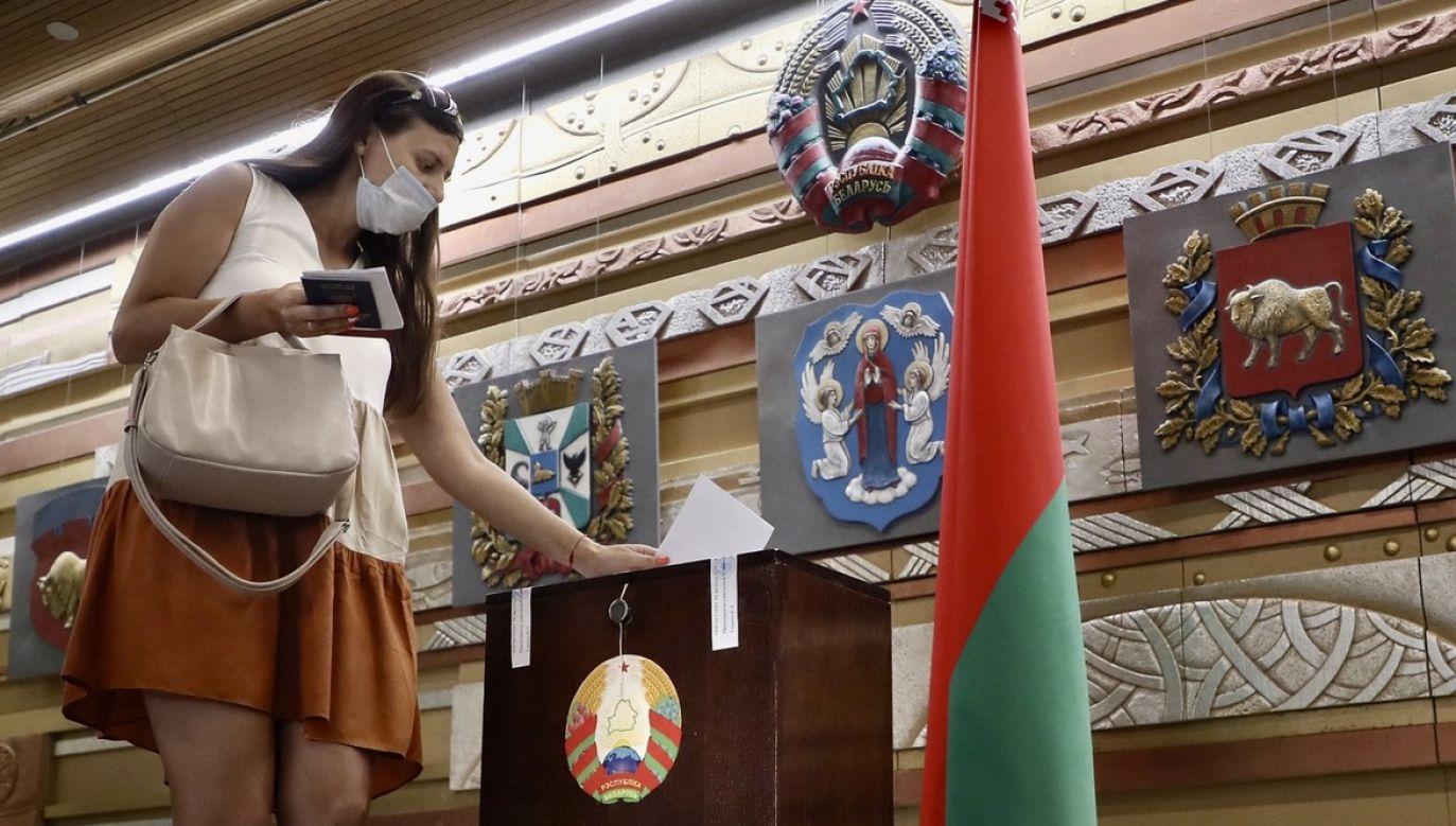Cepkało pisze m.in. o wyborach prezydenckich (fot. PAP/EPA/MAXIM SHIPENKOV)