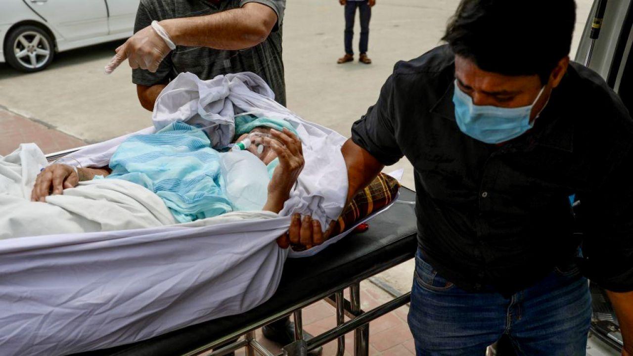 W ciągu trzech miesięcy na biegunkę zachorowało 32 tys. osób (fot. K.Salahuddin Razu/Nur/Getty Images)