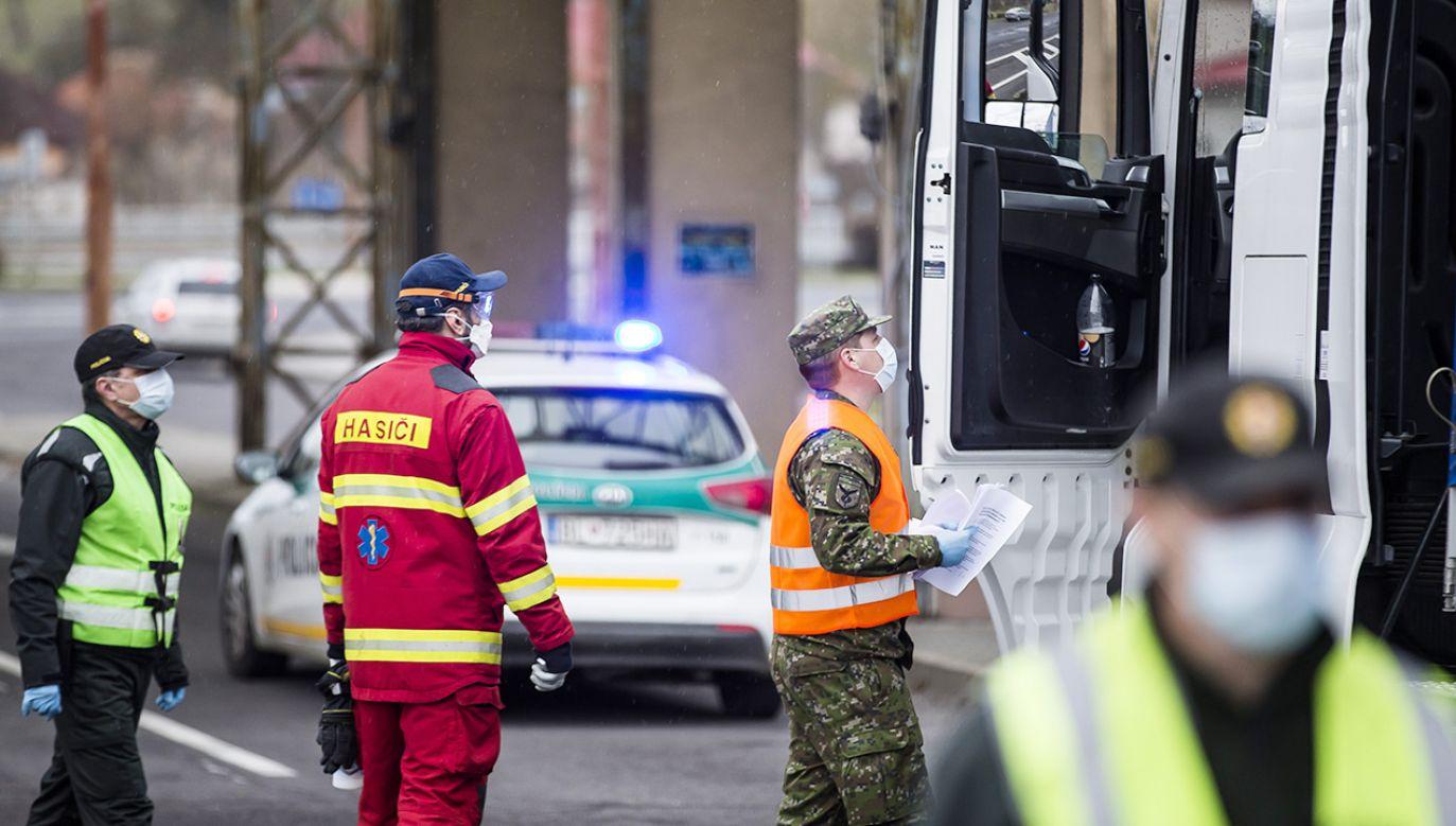Złagodzenie restrykcji na Słowacji (fot. Arpad Kurucz/Anadolu Agency via Getty Images)