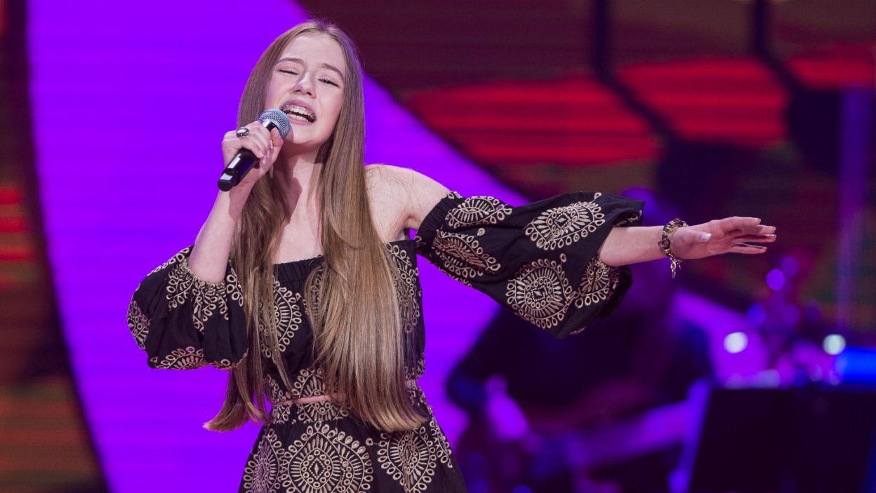 – Wokalnie i barwowo bardzo podobnie do Miley Cyrus – komplementowała występ Hani Cleo (fot. TVP)