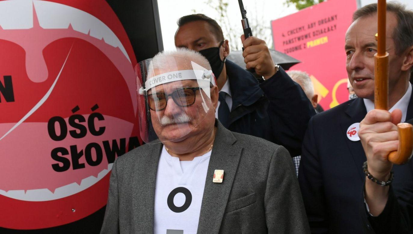 Marszałek Senatu Tomasz Grodzki i były prezydent Lech Wałęsa (fot. arch PAP/Adam Warżawa)