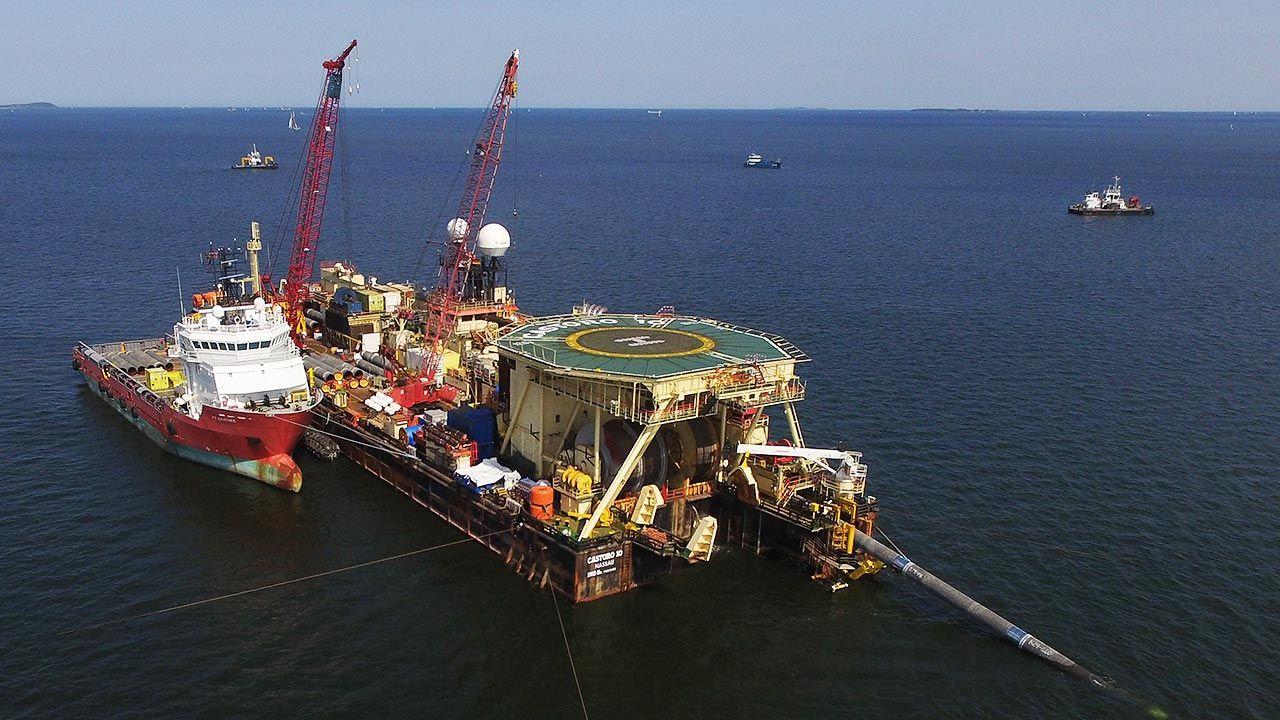 Wiele wskazuje na to, że budowa Nord Stream 2 zostanie wkrótce ukończona (fot. Sean Gallup/Getty Images)