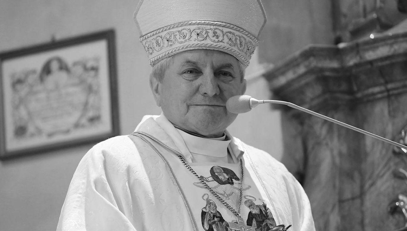 Biskup senior Edward Janiak miał 69 lat (fot. PAP/Tomasz Wojtasik)