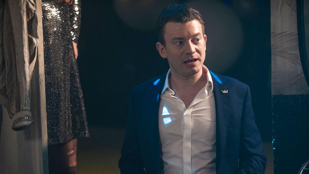 Krzysztof wcielił się w postać jednego z trzech tajemniczych wędrowców – Kola (fot. TVP)